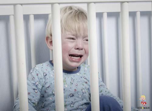 почему ребенок плачет во сне причины