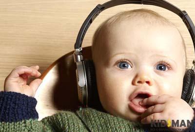 как ребенок слышит в месяц