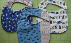 ТОП-3: Рубашки и фартуки для кормления